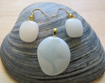 0244 - White Fused Glass Pendant and Earring Set