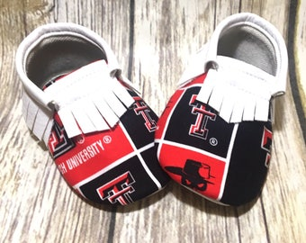 Texas Tech - Baby Shoes Moccasins - Handmade Moccs // Baby Moccs // Football Moccasins // TEXAS MOCCS // Baby Moccasins