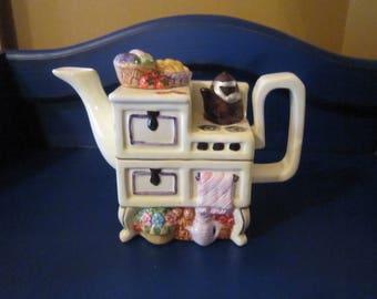 Vintage Novelty Teapot Kitchen Stove, Teapot Wood Stove