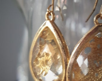 Vintage Gold Tone Filigree Earrings with Amber Faceted Glass