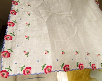 1940s 50s White Hankie with Embroidered Red Roses Handkerchief