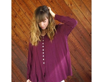 EXTRA 20% OFF SALE.... Slouchy Woven V-Neck 90s Blouse Top in Plum - Vintage - M/L