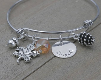 Fall charms bracelet, Fall bracelet, charm bracelet, customized bracelet, Personalized bracelet, name bracelet, pine cone, acorn, maple leaf