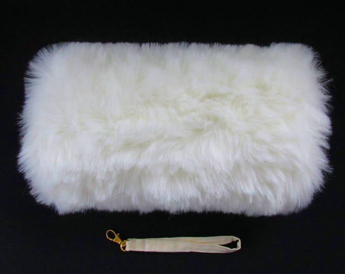 Ivory Faux Fur Childrens Hand Muff
