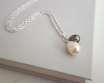 Pearl pendant necklace minimalist chain necklace freshwater pearl pendants white grey pearls necklace for women