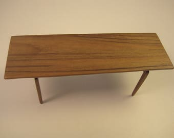 Mid century Thonet Teak side table. Handmade in 1:12 scale - Miniature collection item
