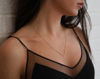 Gold V Necklace • Dainty Gold Necklace • Triangle Necklace • Point Necklace • Layering Necklace • Minimalist Jewelry