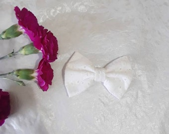 classic white  lace spring bow