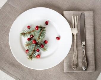 Linen tablecloth and napkin set, Christmas Table linens, Foodie gift, Tablecloth napkins, Table cloth and napkins for wedding