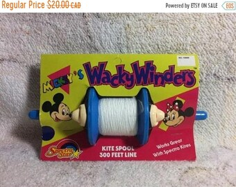 SUMMER SALE Mickeys Wacky Winders Kite Spool By Spectra Star 1988 Disneyland Mickey Mouse Minnie Mouse Disney 80s Kids Summer