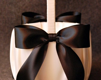 High Society Collection - Audrey Basket - Black on Ivory