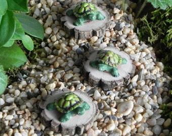 ONE Miniature Fairy Garden Turtle accessories for terrarium