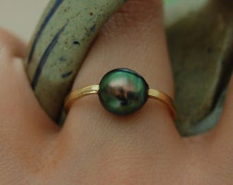 Rena - Tahitian Pearl Ring, OOAK ring, handmade ring, pearl ring, pearl stacking ring, Tahitian black peacock, rose gold, gift for her
