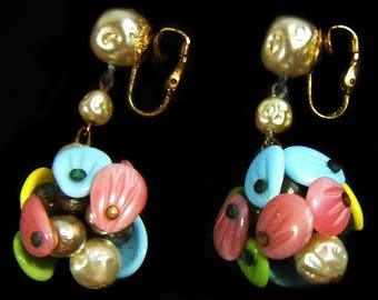 Vintage 60's Pastel Color Cluster Clip On Earrings