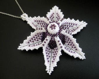 Beaded Flower Pendant / Beaded Necklace / Seed Bead Pendant / Beadwork Necklace / Aviana Flower Necklace / Peyote Flower Pendant /