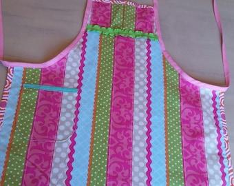 Apron, kids apron, girl's apron, gift idea, cooking apron, pink apron
