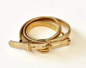 Vintage 1980's skinny belt STRETCH GOLD with oval buckle - S/M