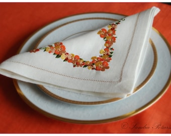 Natural linen floral embroidered napkin, floral napkin embroidered napkin, napkin made by SANPO