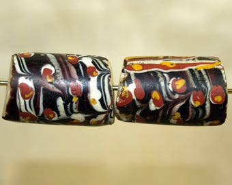 Pair of large Antique Venetian Glass Beads from the 1800s; GTB801_B