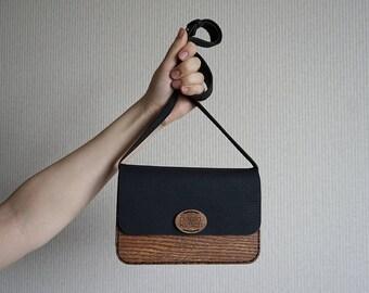 Small wooden shoulder bag