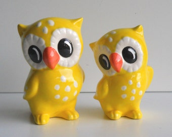 Owl Figurines, Ceramic Love Owls, Vintage Design, Yellow owl, Birthday Cake Topper, Party Supplies, Wedding Cake Topper, Owl Decor,