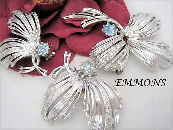 Emmons Brooch Earrings,  Blue Rhinestone, Signed Pat Pend, Collectible Vintage