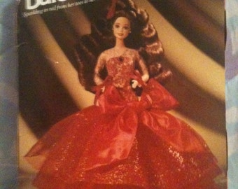 NEW in box... BaRBie... Radiant in Red... ViNTaGe Doll... 1992 PERFECT... Ready2Ship