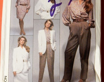 Simplicity 9368 Pants, skirt, blouse and jacket pattern from the Christie Brinkley Collection Uncut Sizes 6, 8 and 10
