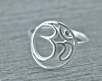 Ohm ring, yoga ring, yoga jewelry, ohm jewelry, namaste ring, yogi ring, spiritual ring, ohm gift, sterling silver ohm, FREE ENGRAVING