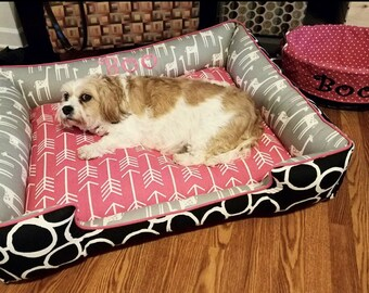 Large Pink & Black Dog Bed - Choose your fabrix to create your custom bed ! Personalized Pet Bed | Washable Pet Bed