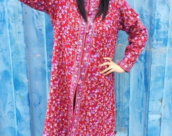 Vintage 60s 70s Red Hand Embroidered Indian Kashmiri Nehru Collar Bohemian Maxi Coat M // L