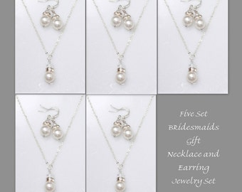 Set of 5 Bridesmaid Gift,  Swarovski White Pearl Necklace and Earring Set, Bridesmaid Jewelry Set, Personalized Bridesmaid Gift