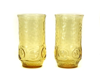 Vintage Set of 2 Amber Drinking Glasses w/Bumpy Texture (E4289)