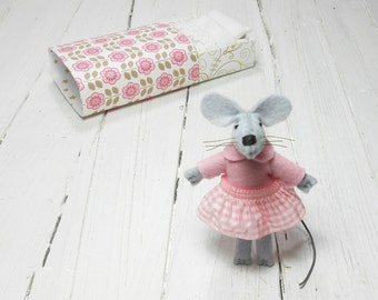 Mothers day Stuffed animal felt mice mouse in matchbox felt kit girl gift travel buddies miniature animal wool felt mouse keepsake doll