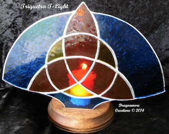 Triquetra T-Light stained glass fan with votive holder for candle