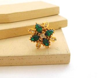 Vintage Vogue Emerald Green Rhinestone Gold Flower Cocktail Ring Size 7 R40