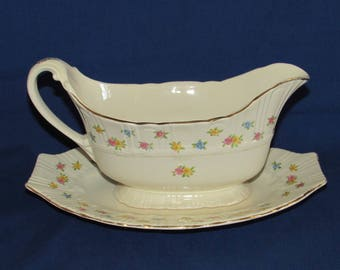 Gravy Boat and Bottom Plate HOMER LAUGHLIN CORONET 1945 Discontinued Pattern