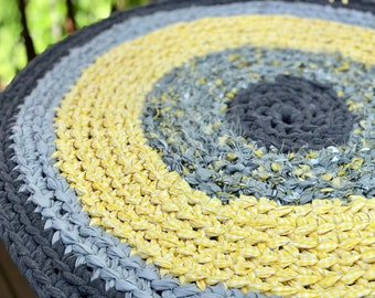 Round Rag Rug Gray Yellow Round Rug Recycled Textiles Yarn Ready to Ship