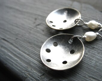 Pearl Earrings, White Pearl Metalwork Dangle Earrings, Handmade Earrings, White Pearl Earrings, Gemstone Jewelry, Pearl Jewelry