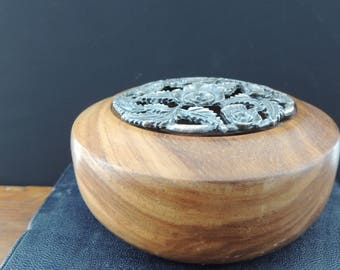 Walnut Potpourri Bowl with Rose design Pewter Lid // Walnut Ring Dish with Pewter Lid // Walnut Catchall Bowl