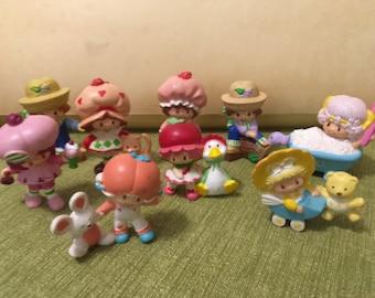 Strawberry Shortcake - Mini Figures - Set of 9 - 1981