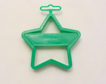 Wilton Green Star Cookie Cutter