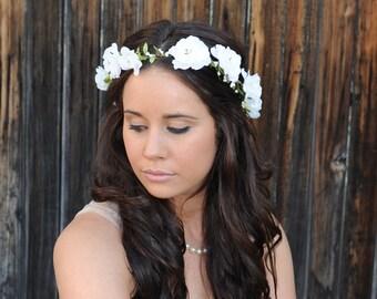 Bridal Flower Crown Woodland Wedding Hair Flowers Bridal Headband Flower Headpiece Bridal Head Piece Wedding Flower Crown White Floral Crown