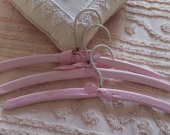 Pink Vinyl Hangers -- Set/3