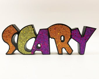 Gerson Halloween Decor - Table Top Word Sign (Scary)