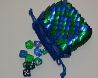Scalemail Dice Bag in  Dragonhide Knitted Armor Blue and Green Maze size medium
