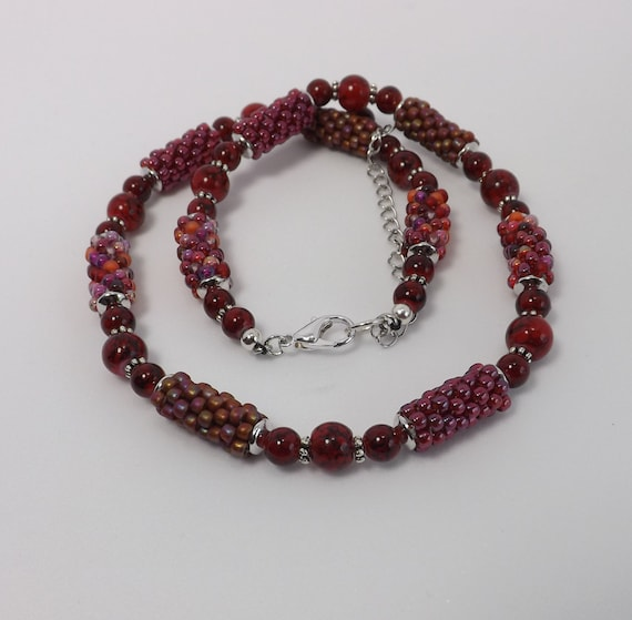 Peyote Stitch Beads Necklace in shades of Red