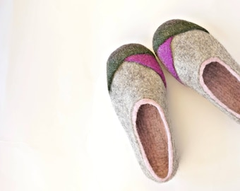 """Felt Wool Slippers in Gray and Pink Modern Design Felted Clogs """"Multi"""" by Indre Naujokiene"""