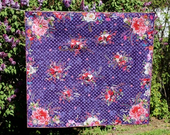 Cozy STORY  QUILT Lap Size Violet Purple Royal Blue Grunge Dot Red Roses Flowers Words Phrases