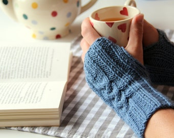 Pattern: Knitted Fingerless Gloves
